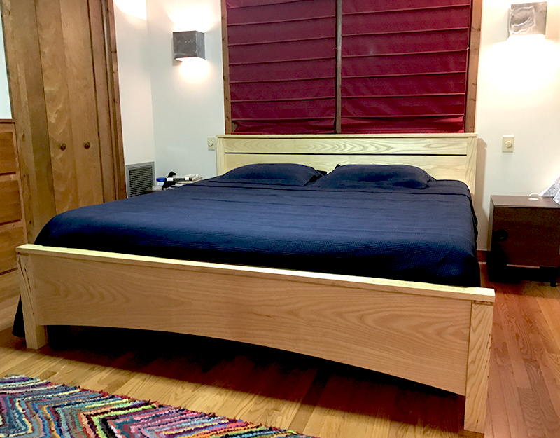 Neshoba bed, modified, king-size in ash