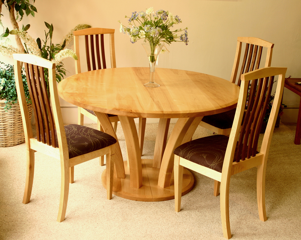 Carolinian Dining Table and Seneca chairs