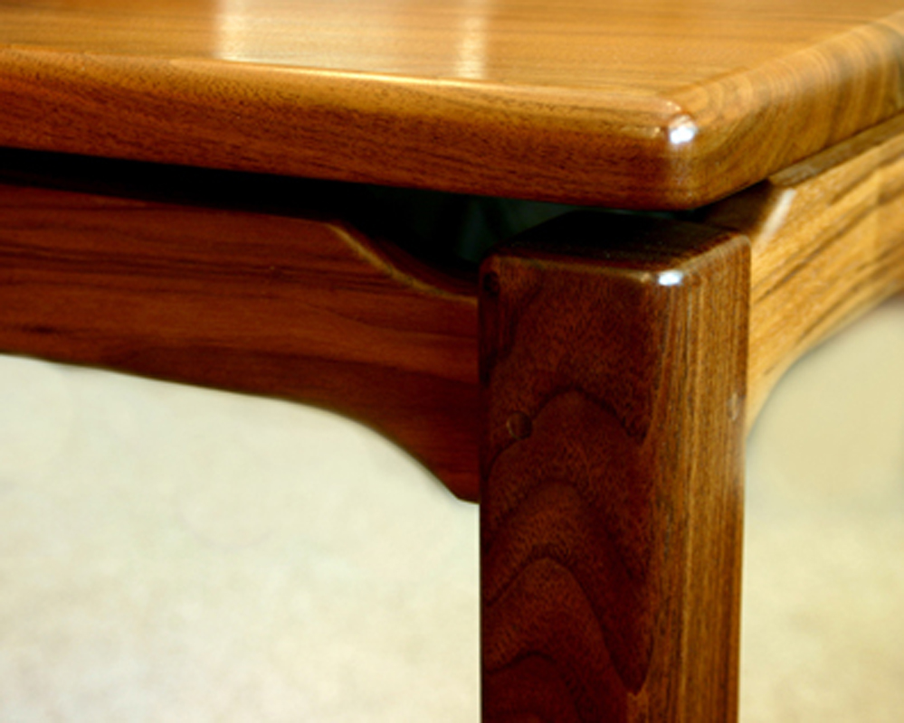 Chebeaugue table detail, shown in walnut