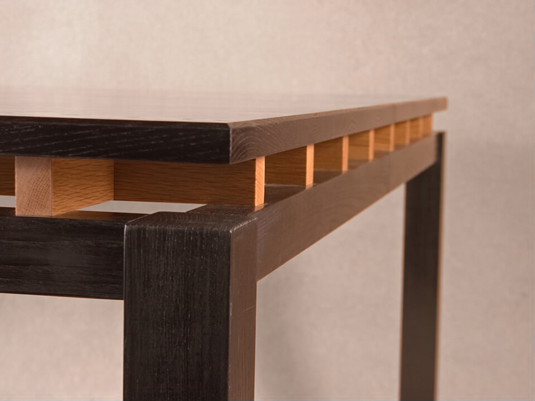 Custom dining table, detail